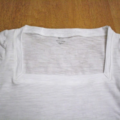 Tutorial – Scoop to Square Neck T-shirt