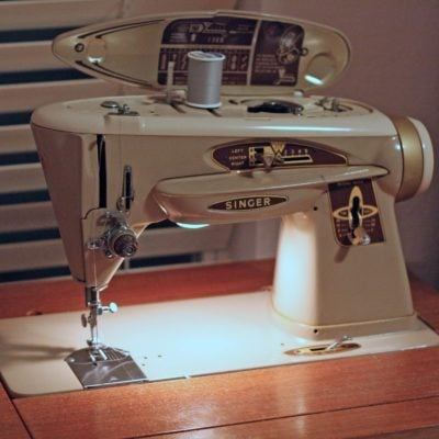 Why I Love My Old Singer 503 Sewing Machine