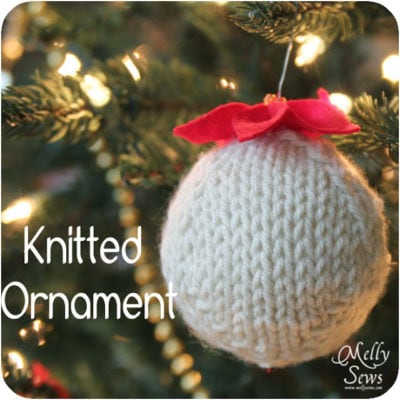 Hand Knitted Ornament – DIY Tutorial with Free Pattern