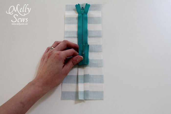 how to sew in zippers by Melly Sews