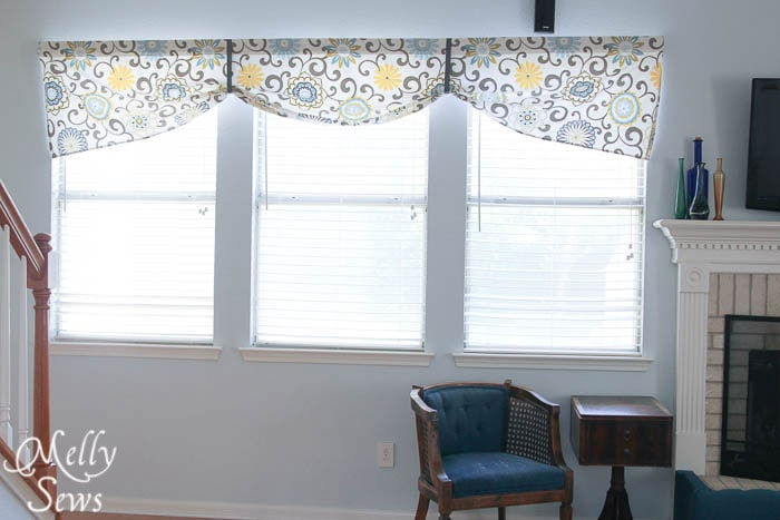 Sew a Simple Valance by Melly Sews