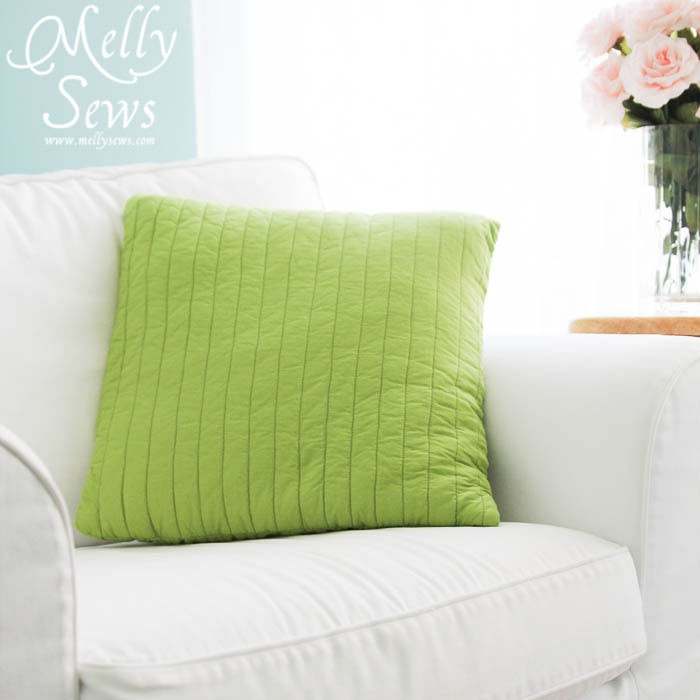 Straight line easy quilted pillow tutorial by Melly Sews