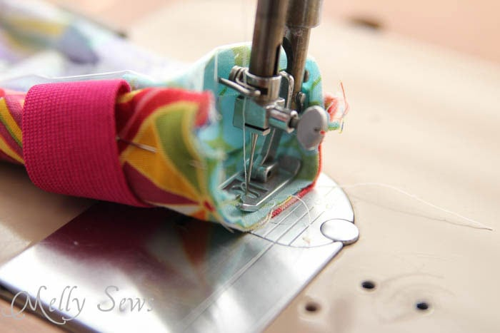 Step 6-2 DIY armband for touchscreen devices - a tutorial by Melly Sews