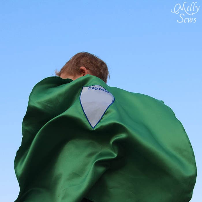 Flying away - Superhero Cape by Melly Sews