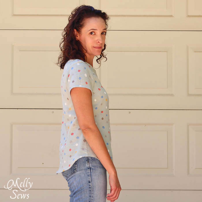 Curved hem on Women's Boatneck Shirt Tutorial with free pattern (for a limited time) - Melly Sews http://mellysews.com