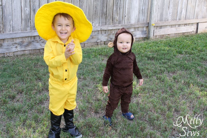 Handmade DIY Curious George Costumes -https://mellysews.com #sewing #tutorial #halloween