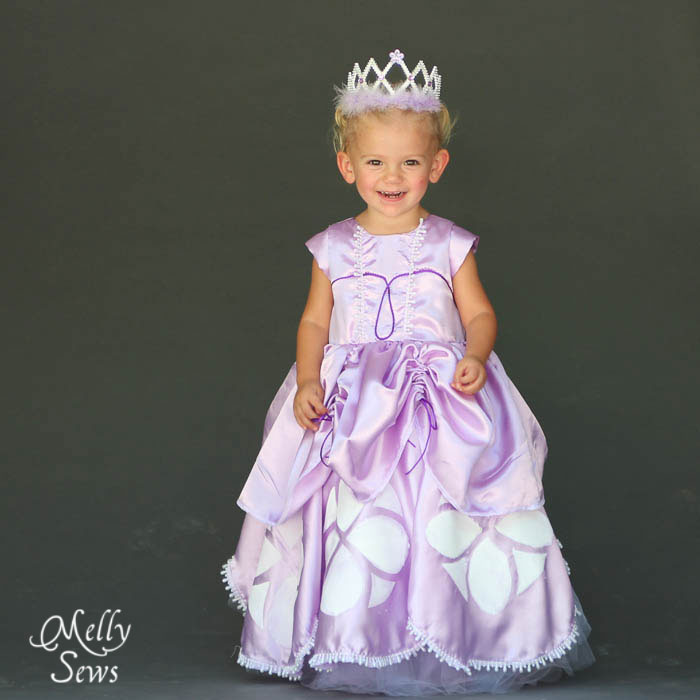 So cute! Inspired by Princess Sofia the First Dress Tutorial - Melly Sews