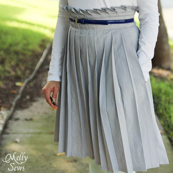 Closer view Pleated Paper Bag Waist Skirt Tutorial - Melly Sews #diy #sewing #tutorial