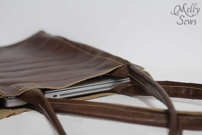 Perfect laptop carrying size - Leather Tote Tutorial - Melly Sews - #diy #sewing #tutorial