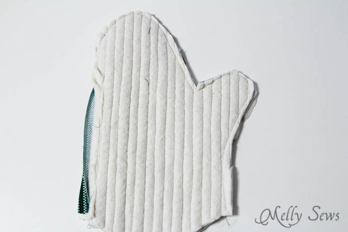 Step 4 - Potholder tutorial with free pattern - Melly Sews