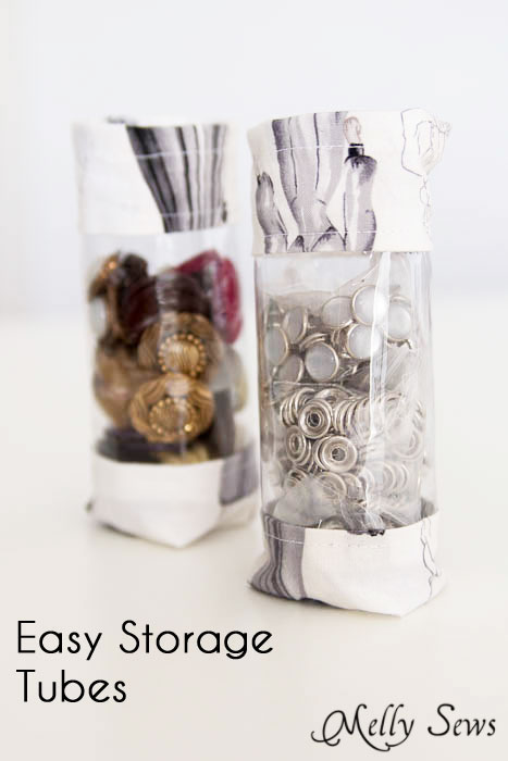 Cute, easy and practical! Sew storage tubes with a little fabric and vinyl - tutorial on mellysews.com