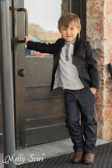 Straight leg jeans, henley t-shirt and tuxedo jacket - a Texas Tuxedo - MellySews.com