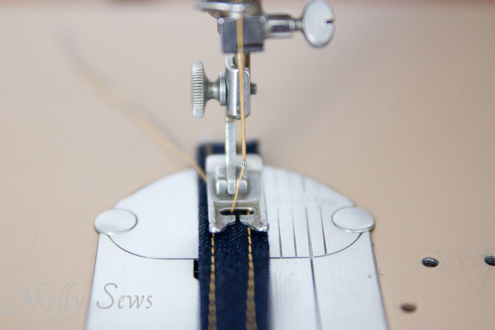 Belt loop stitching - http://mellysews.com
