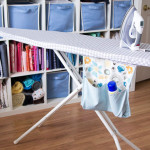 How to Make an Ironing Board Cover that fits tightly - http://mellysews.com
