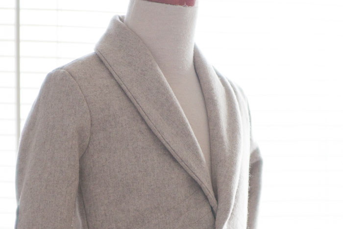 Shawl Collar Close Up - How to Sew a Shawl Collar - https://mellysews.com