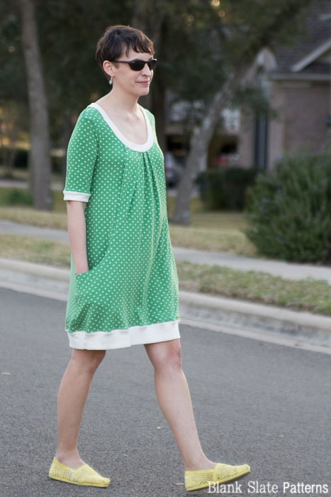 Side view - Pocketful of Posies Dress - Womens PDF Sewing Pattern by http://blankslatepatterns.com