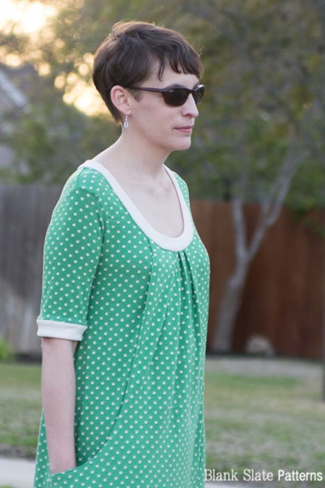 Close up - Pocketful of Posies Dress - Womens PDF Sewing Pattern by http://blankslatepatterns.com