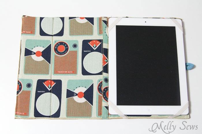 Finished iPad cover - Book Style iPad Case Tutorial by https://mellysews.com