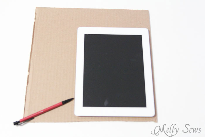 Trace your tablet - Book Style iPad Case Tutorial by https://mellysews.com