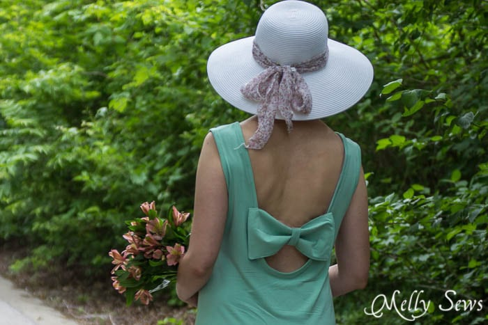 Check out how the bow attaches to your bra - so it won't slip - mellysews.com