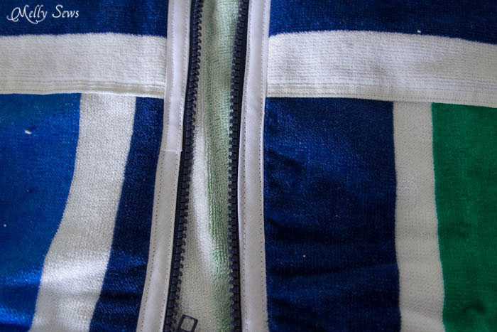 Sew in the zipper - Swim Cover Tutorial - from 1 or 2 beach towels - Melly Sews