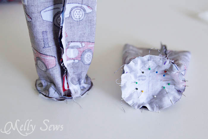 Step 6 - Water bottle holder - tutorial by Melly Sews