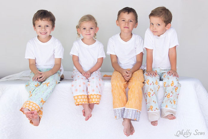 Kids pajama pants tutorial - Sew Pajama Pants - Melly Sews