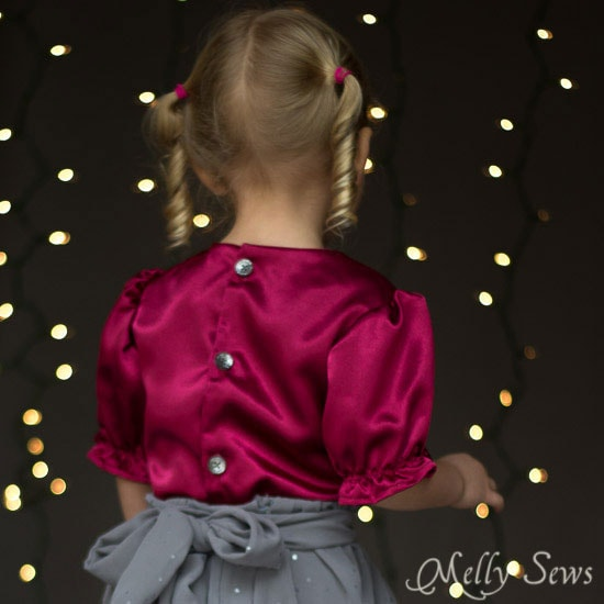 Back view - Sew a Christmas dress - with a free pattern - Melly Sews
