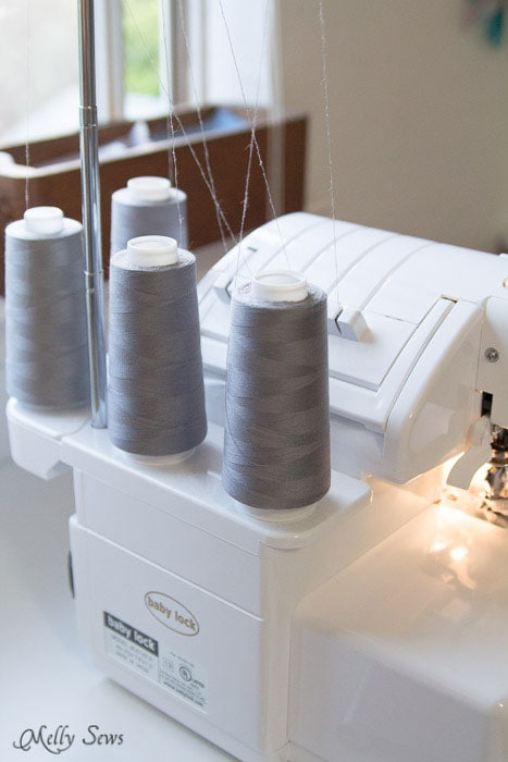 Use gray thread - Tips for faster sewing - Melly Sews