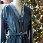 Sew a robe - This sumptuous robe can be made in any size from rectangles! Get the full tutorial at Melly Sews