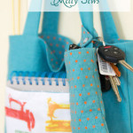 Snap organizer pocket for tote bags - or any bags or purses really! Easy tutorial so you won't be digging for your keys and glasses - Melly Sews