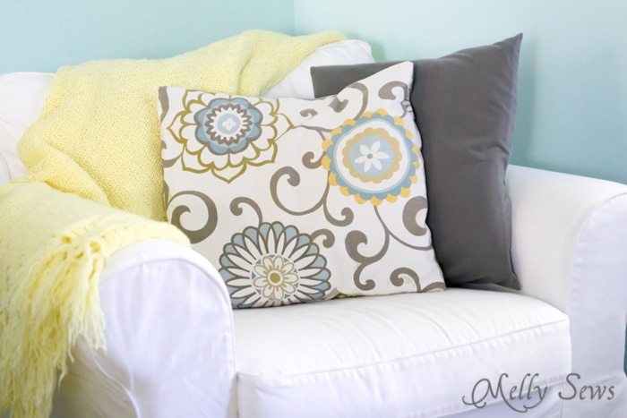 How to sew an Envelope Pillow Cover - an Easy beginner project - Learn to Sew with Melly Sews