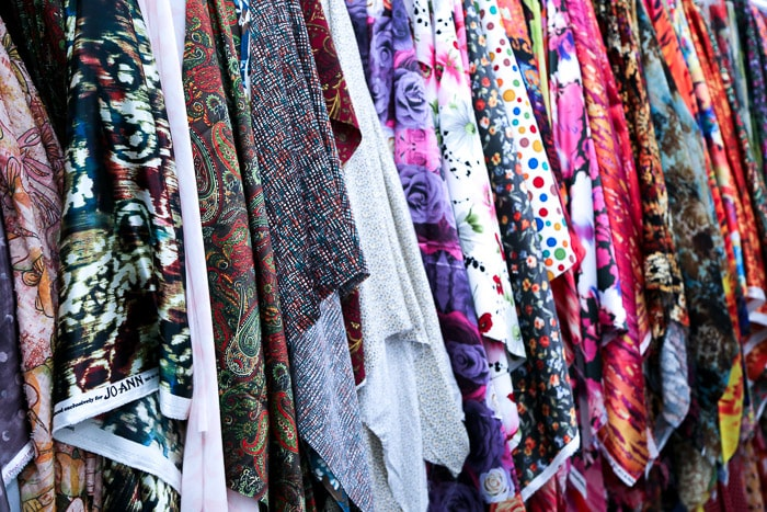Apparel Fabric - How to shop for fabric - how to buy fabric - a beginner's guid to conquering the fabric store - Melly Sews