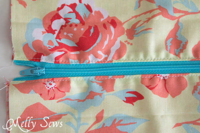 Step 4 - How to Sew a Zipper Pouch - 15 minute sewing project - Melly Sews