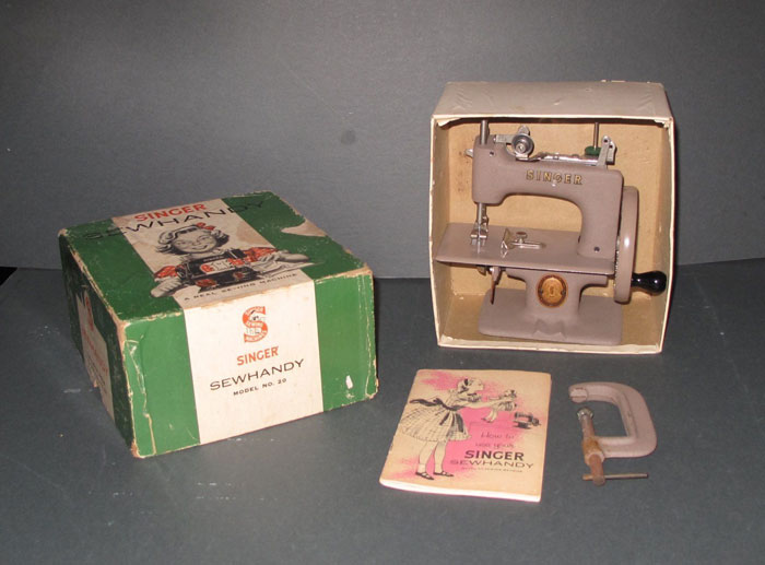 Singer Sew Handy toy sewing machine