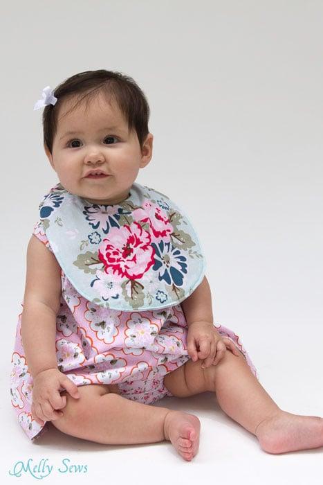 So precious - Sew a Drool Bib with a FREE baby bib pattern - Melly Sews
