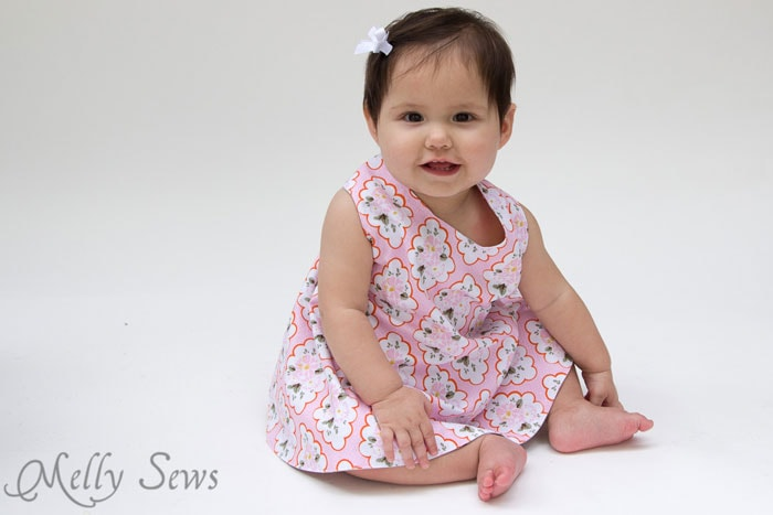 Simple Sew - Criss Cross Pinafore Dress with Bloomers - FREE Sewing pattern sizes 0-3m - Melly Sews