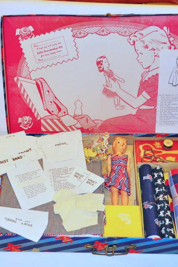 Vintage Learn to Sew Kit