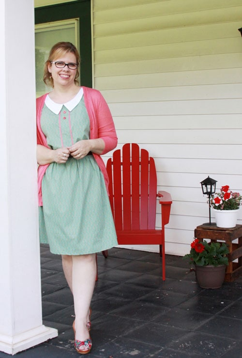 Retro Style Sundress by Flamingo Toes for 30 Days of Sundresses - Melly Sews