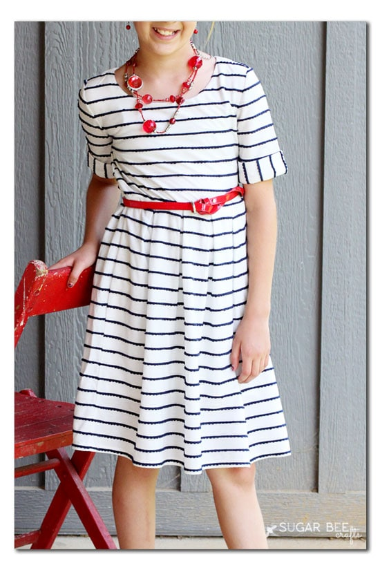 Red White and Blue Sundress by Sugar Bee Crafts for (30) Days of Sundresses - Melly Sews