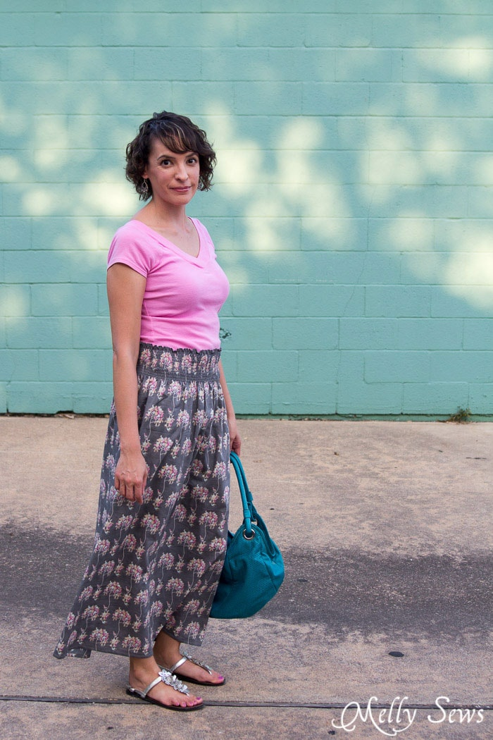 Love this - easy to sew - Make a stretch waist skirt from woven fabric with elastic thread shirring - Melly Sews