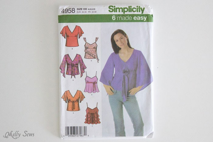 Simplicity 4958 -How to fit a sewing pattern - Melly Sews