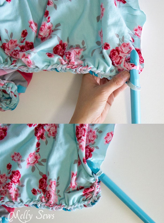 How to do a braided edge - This beautiful knit fabric is almost a no sew blanket project! So pretty, and looks much easier than the final result would have you guess - Melly Sews
