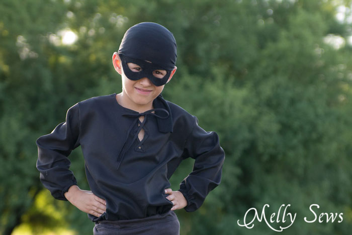 So cute! PIrate Costume - Free pattern to make a pirate shirt - perfect for Westley from The Princess Bride - Melly Sews