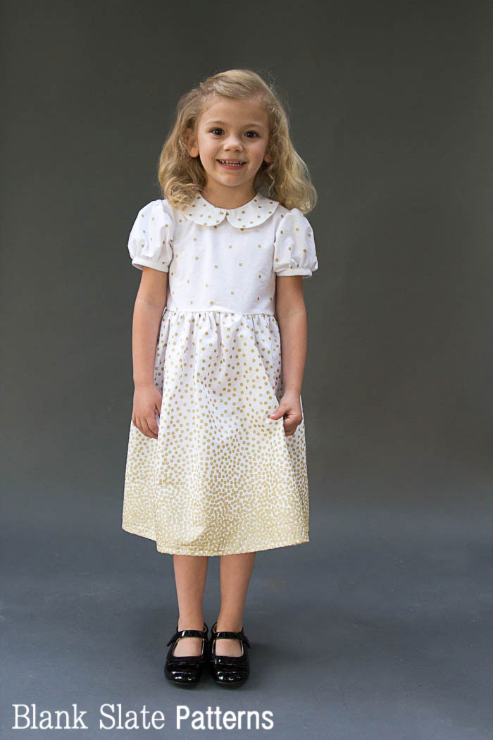 This is just darling - perfect for the holidays! Fiesta Frock - such a cute girls dress! Free 3T faux Peter Pan Collar dress pattern and instructions for more sizes from Melly Sews