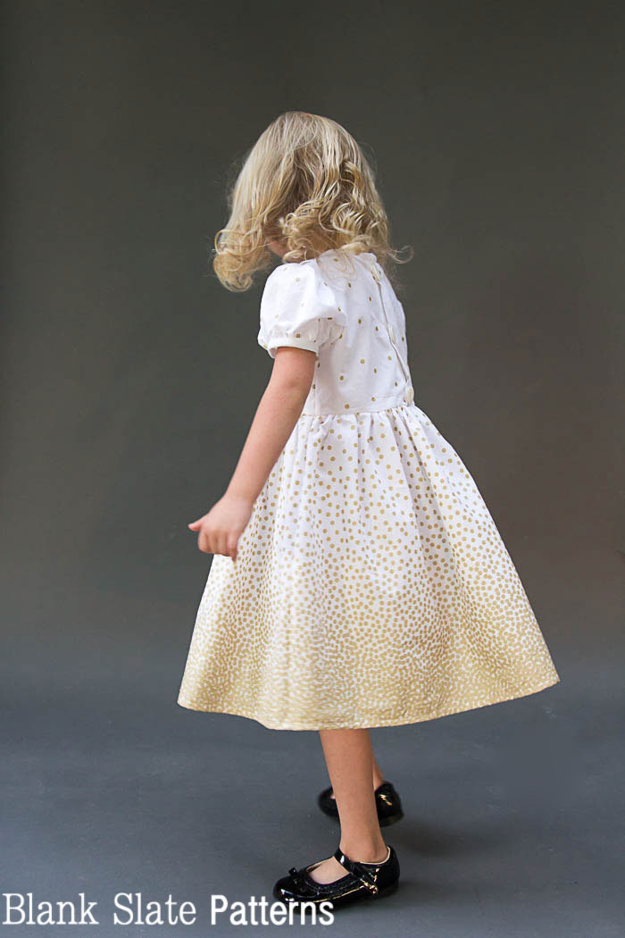 Border Print glitz dress - Fiesta Frock - such a cute girls dress! Free 3T faux Peter Pan Collar dress pattern and instructions for more sizes from Melly Sews