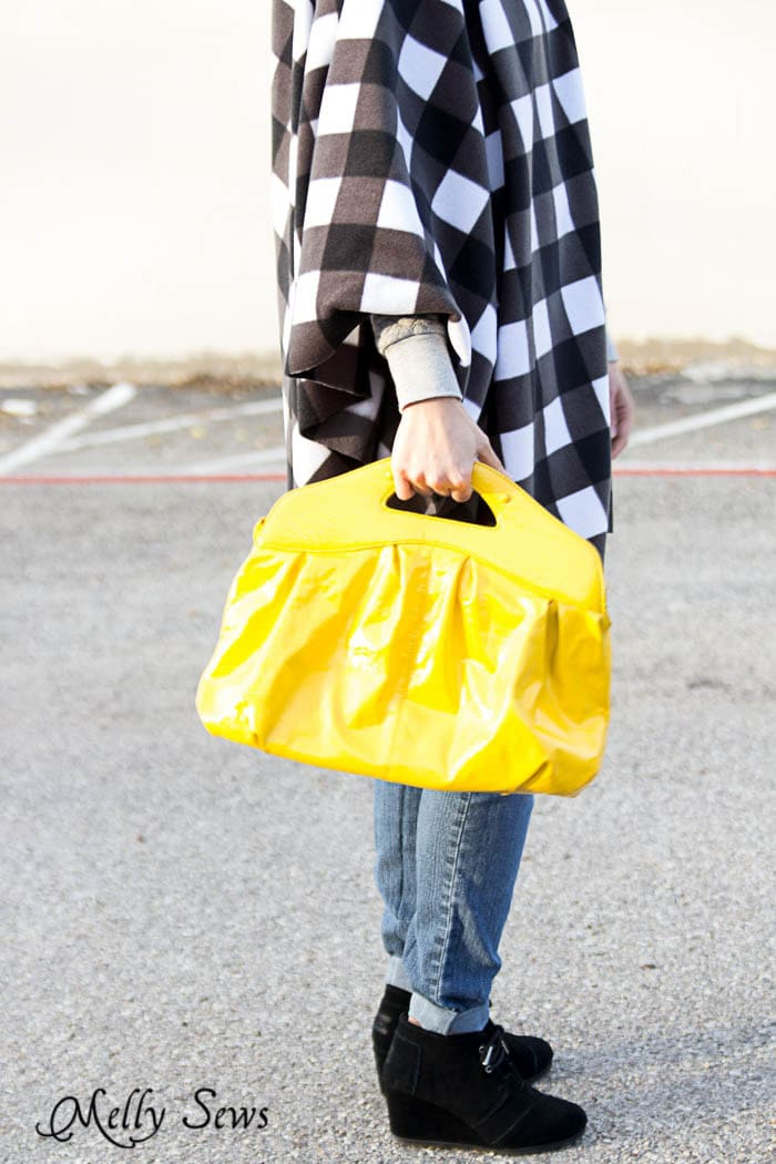 Buffalo Plaid Poncho and Yellow Purse - LOVE! Sew an EASY Fleece Poncho - DIY Poncho Tutorial with Video by Melly Sews