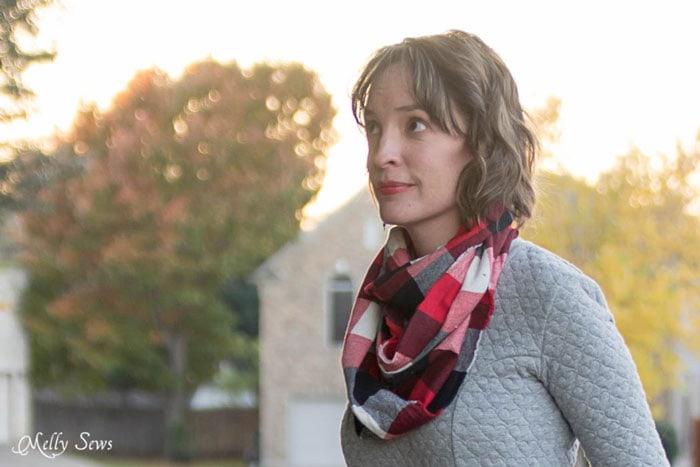 10 Minute Frayed Edge Scarf Tutorial - sew a DIY flannel scarf - so easy! - Melly Sews