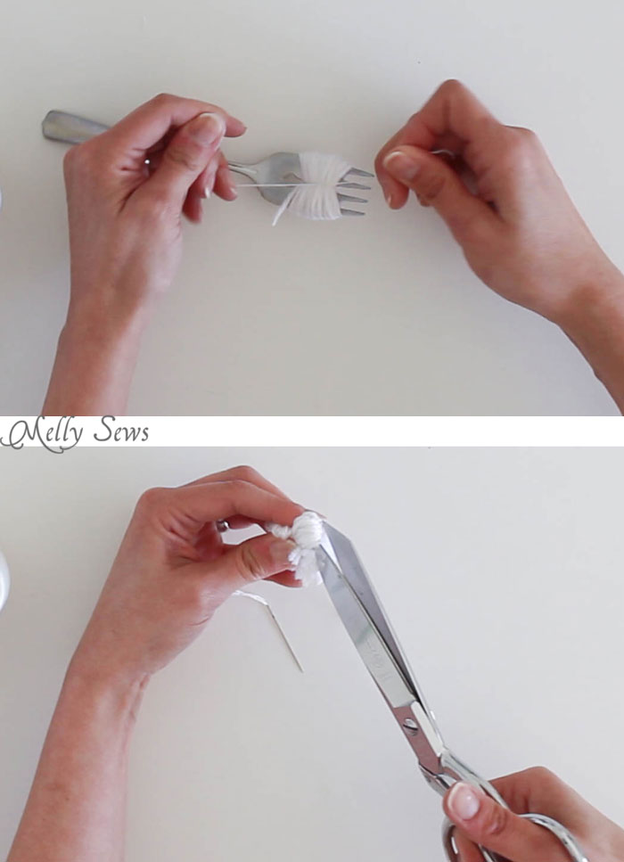 How to make a pom pom - using a fork! What a great tip - Melly Sews