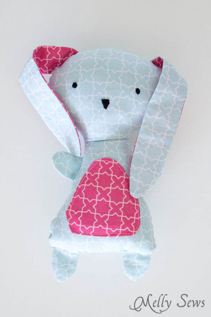 Sooooo cute! And pretty easy. Sew a Bunny - DIY Easter Bunny Tutorial - Free Pattern to sew this cute bunny - would make a great baby gift! - Melly Sews